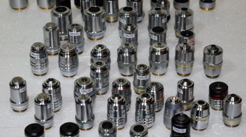 como limpiar lentes microscopio